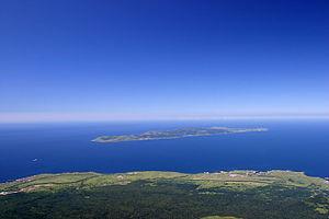300px-Rebun_island_seen_from_Rishiri_island.jpg
